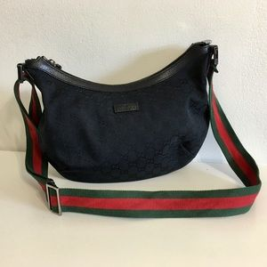 Authentic GUCCI Black Canvas Crossbody bag